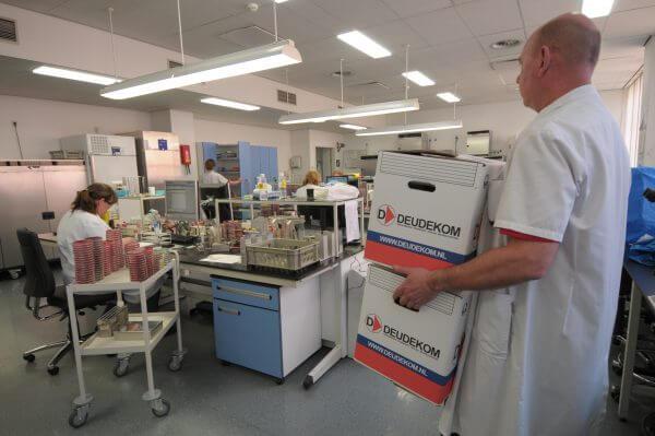 Deudekom laboratoriumverhuizing